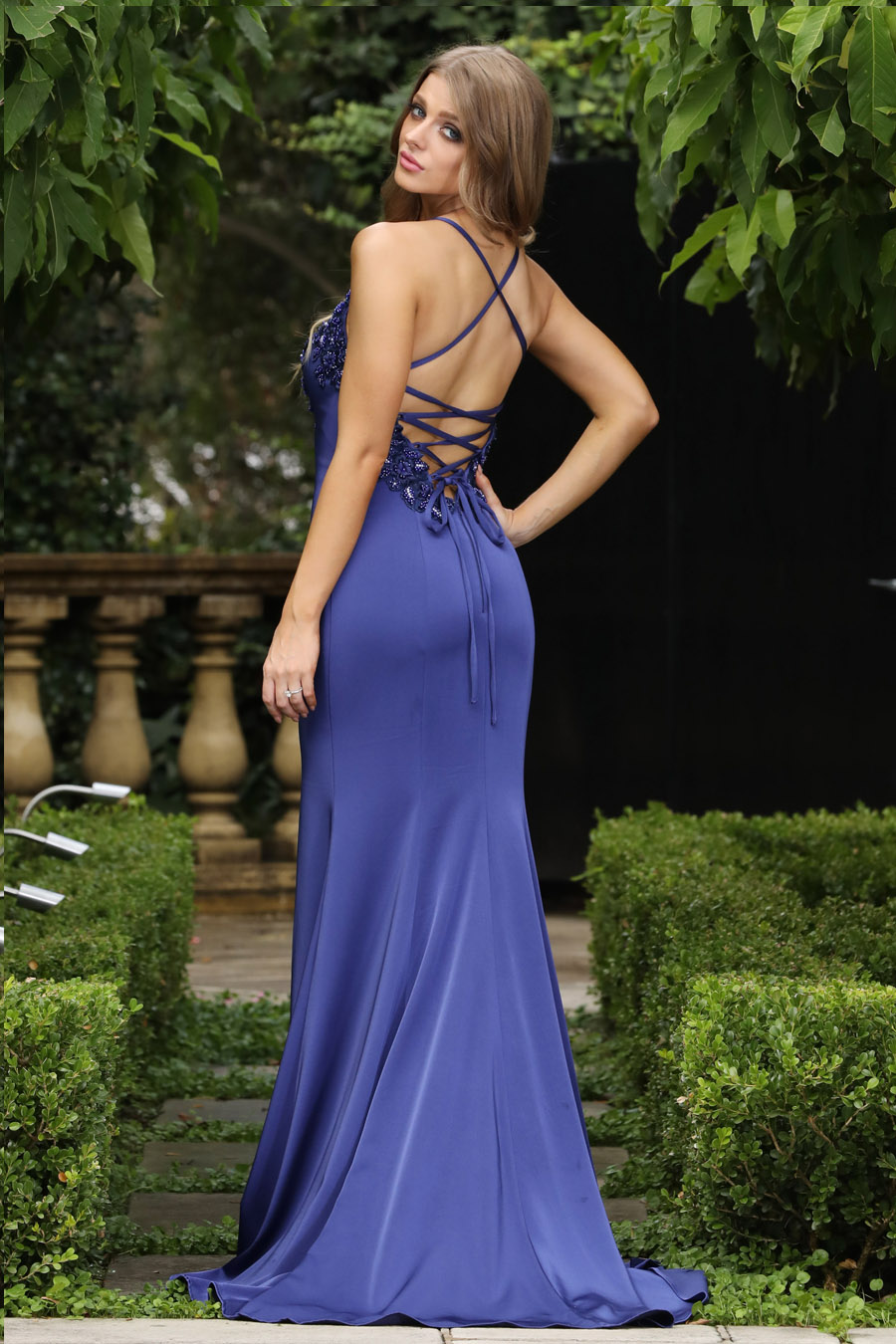 Shop glamorous formal dresses & gowns online