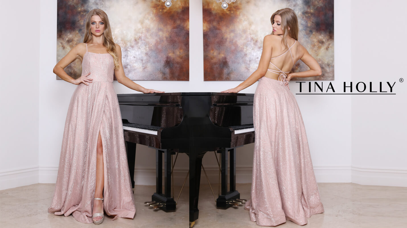 Tina Holly Couture has a range of beautiful evening dress, formal dress, bridesmaids dress and wedding dress to fit your style and body type.